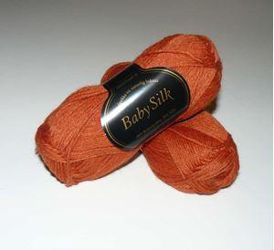 Super lækker BabySilk strikkegarn fra Du Store Alpakka - 308 Rust