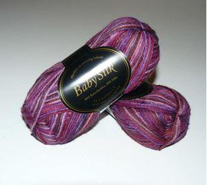 Super lækker BabySilk strikkegarn fra Du Store Alpakka - 370 Violet Mix