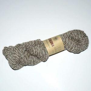 Cataluna Ufarvet Naturuld - Lækkert strikke garn fra CeWeC - 16 Lyse Brun/Hvid Mix