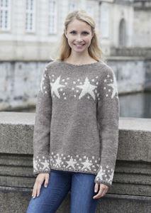 Sweater med stjerner af Cataluna