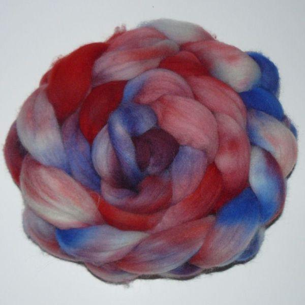 Håndmalet Finuld spindefibre - Rød og blåmix