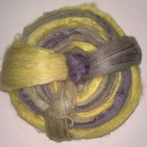 Håndmalet Alpakke TussahSilke tops til spinding af lækre bløde garner