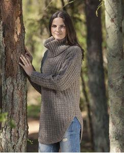 Sweater med bue og løs hals i Cataluna fra CeWeC - 2307