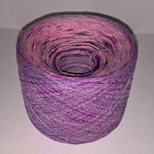 Unikt håndmalet silke noil til sommerstrik og vævning fra Ægbækgaard - Støvet lilla, rødviolet og rosa