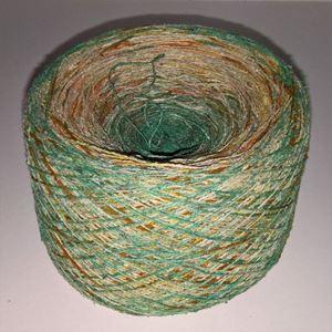 Unikt håndmalet silke noil til sommerstrik og vævning fra Ægbækgaard - Grøn, råhvid, gul og orange