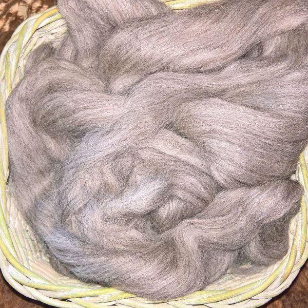 Grå Shetland tops til spinding af garn