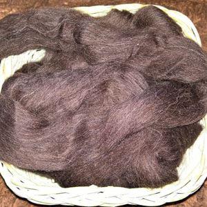Natur sort Shetland tops til spinding af garn