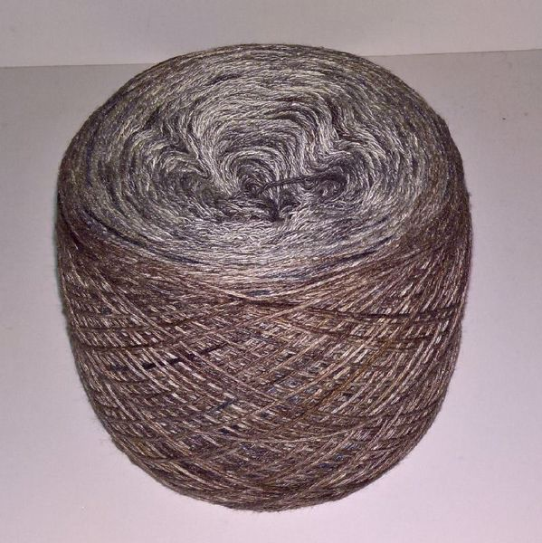 Unikt håndmalet silke og Viscose til sommerstrik og vævning fra Ægbækgaard - Grå og brun