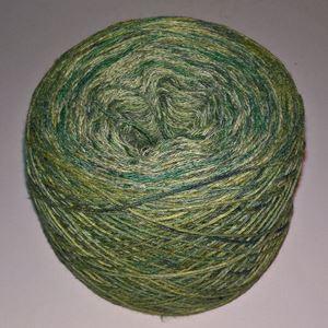 Unikt håndmalet silke og Viscose til sommerstrik og vævning fra Ægbækgaard - Grønmix