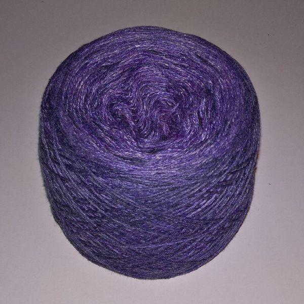 Unikt håndmalet silke og Viscose til sommerstrik og vævning fra Ægbækgaard - Blålilla og rødlilla