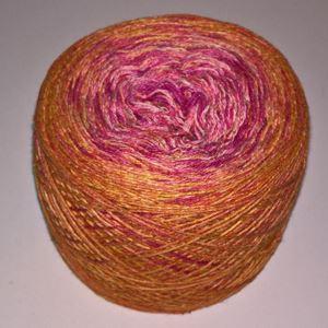 Unikt håndmalet silke og Viscose til sommerstrik og vævning fra Ægbækgaard - Brændt gul til pink
