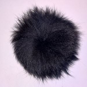 Pels Pompon af ræv til pynt på huer, tasker og sko mm - Sort