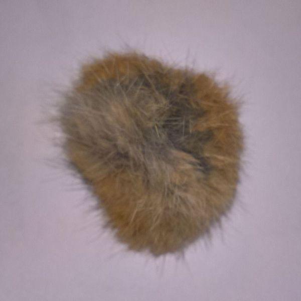 Pels Pompon af kanin til pynt på huer, tasker og sko mm - GyldenGrå