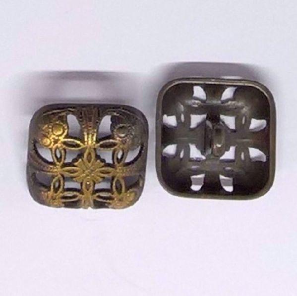 Åben Firkantet Renæssance metal knap - 16,5 mm
