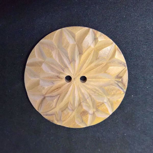 Fasetsleben knap af Oliventræ fra Deknofa